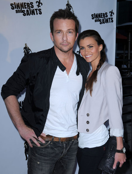 gallery_main-100630A1_FLANERY_B-GR_03